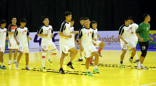 Tuyển futsal Việt Nam tự tin trước Myanmar.