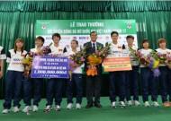 Lọt vào bán kết Asiad 2014, tuyển nữ Việt Nam ngập trong tiền thưởng