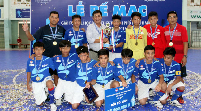 Giải Futsal học sinh THCS TP.HCM lần thứ VII năm học 2014-2015 tranh Cúp Aquarius: Trường Nguyễn Thị Định đoạt Cúp vô địch