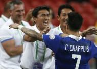 Đè bẹp Philippines 3-0, Thái Lan giành vé vào chung kết