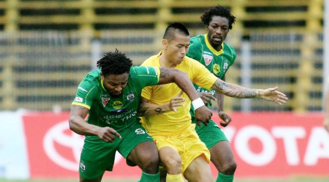Vòng 23 V-League 2016: Hải Phòng thua đau, Than Quảng Ninh lên ngôi đầu