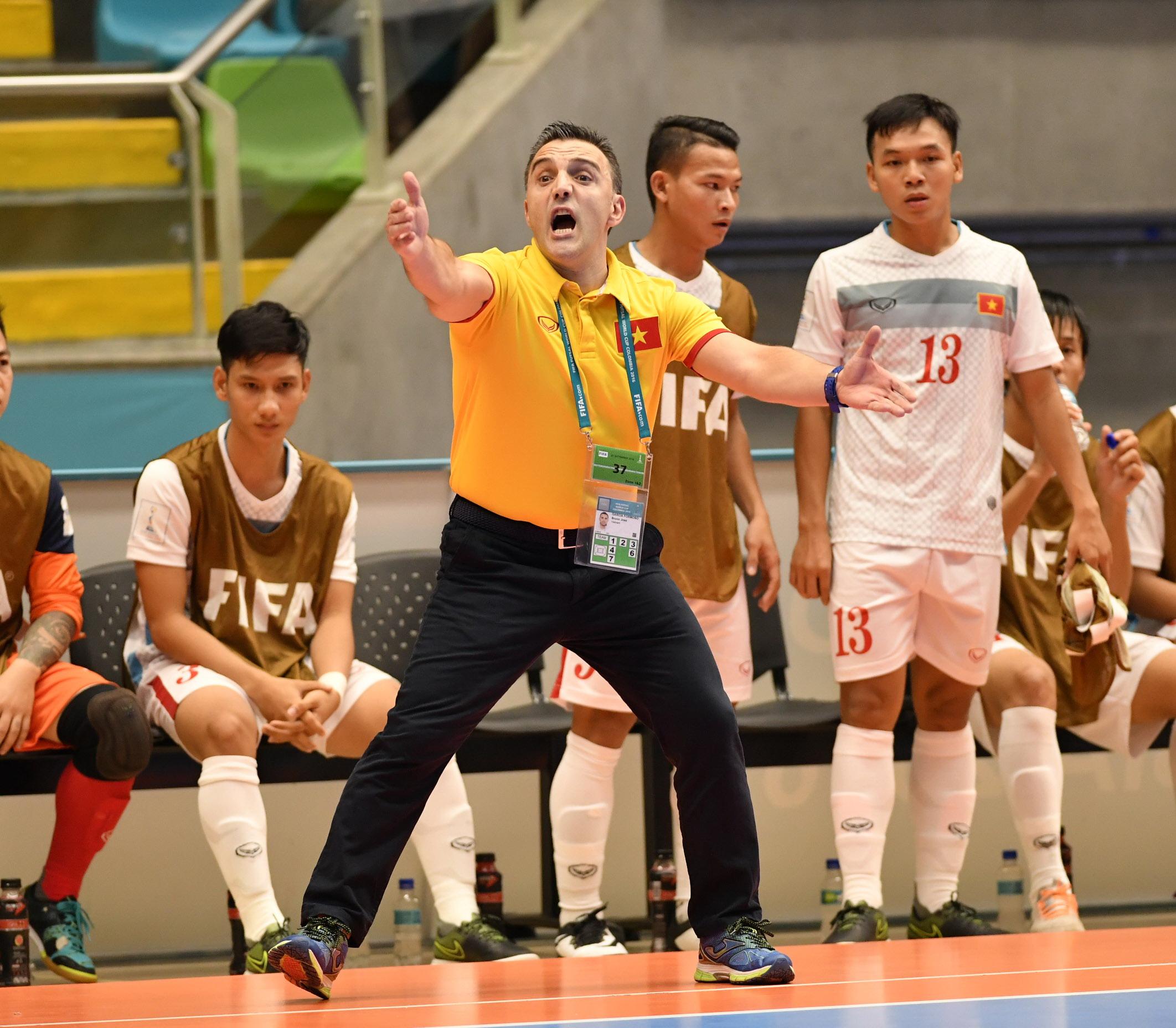 Chia tay futsal VN, HLV Bruno dẫn dắt tuyển futsal Nhật Bản